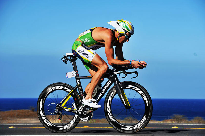 Training in hot conditions: Aerobic fitness adaptations